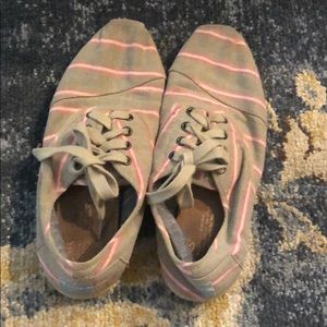 Toms striped flats size 9